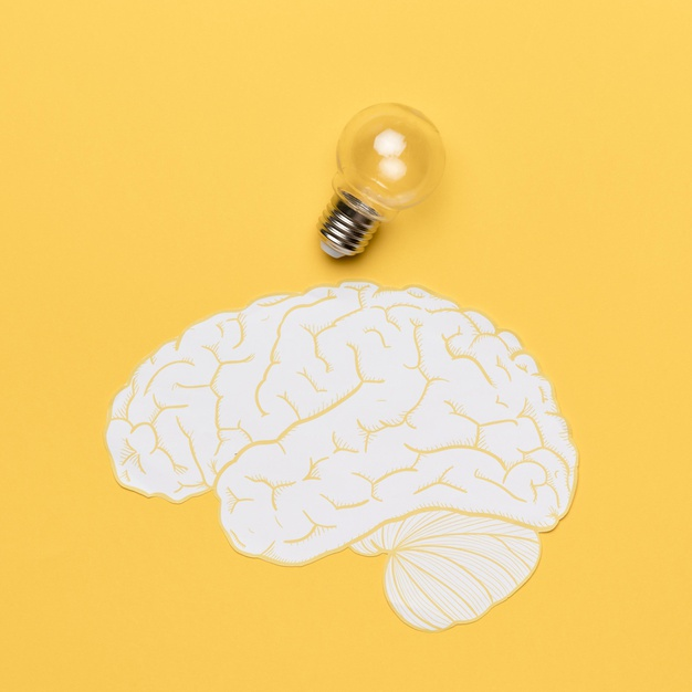 forma cerebro bombilla 23 2148543334 - Tratamientos contra un ictus o daño cerebral