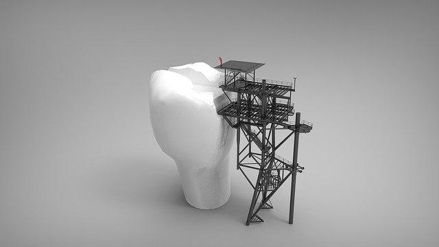 platform 2877646 640 - Cuidar tus dientes es cuidar de ti